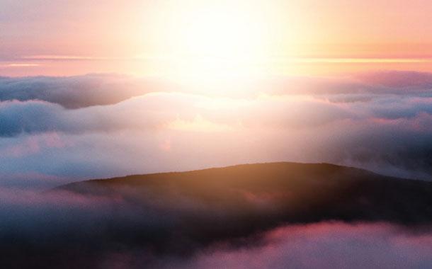 불확실한 시대에 하나님을 찬양하기